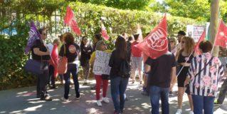 Protestas por los cambios a las bolsas de empleo de las piscinas municipales