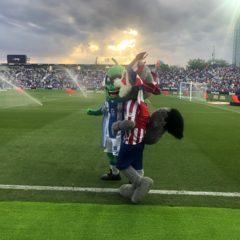El pepino de Portland Pickles acompañará a la mascota del Lega