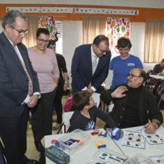 Santiago Llorente y Enrique Osorio tratan las necesidades de mejora en los centros educativos de Leganés