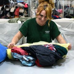Humana recoge un total de 493 toneladas de textil para fines sociales en Madrid Sur