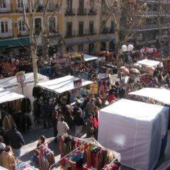 Manifestaciones para abrir el Rastro de Madrid