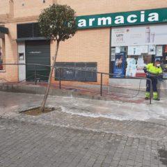 20 equipos trabajan para desinfectar y limpiar las calles de Leganés