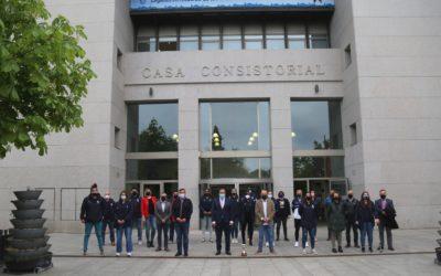 El Ayuntamiento recibe a las jugadoras del Ynsadiet Baloncesto Leganés tras el ascenso
