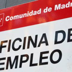El paro baja un 1,1% en el último mes en la región, con 4.560 desempleados menos
