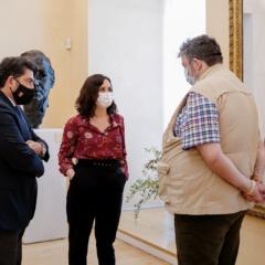 Díaz Ayuso se reúne con los feriantes  para analizar su vuelta a la normalidad